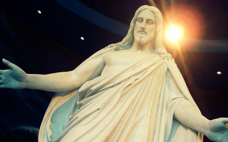 Статуя Ісуса Христа