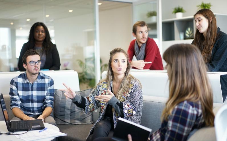 Розвивати довірчі стосунки на роботі