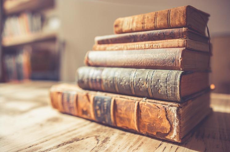 4 причини повірити в те, що Біблія може бути не ЄДИНИМ Словом Божим