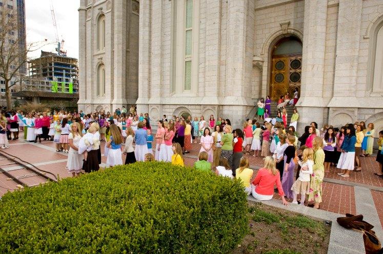 10 КРАЇН З НАЙБІЛЬШИМ ВІДСОТКОМ МОРМОНІВ (+ КРАЇНА В КОЖНОМУ РЕГІОНІ З НАЙБІЛЬШОЮ КІЛЬКІСТЮ МОРМОНІВ)